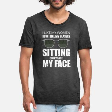 Lesbian Face Sitting Lesbian Oral Sex graphic | funny - Men's Vintage T-Shirt
