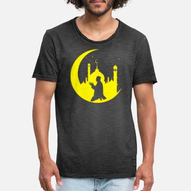 Prayer Crescent Islam Muslim Religion - Men's Vintage T-Shirt