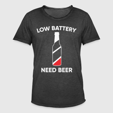 Low battery need Beer - Men's Vintage T-Shirt