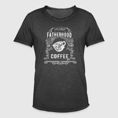 2018 La paternité a besoin de beaucoup de café - T-shirt vintage Homme