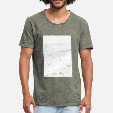 Sand Sea and sand - Men's Vintage T-Shirt