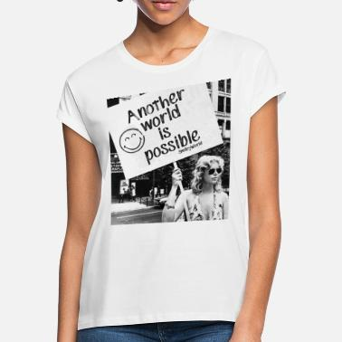 Feminismus SmileyWorld Another World Welt verändern Protest - Frauen Oversize T-Shirt