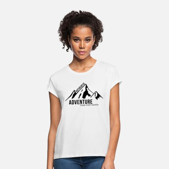 Freizeit T-Shirts - Authentic Adventure - Frauen Oversize T-Shirt Weiß