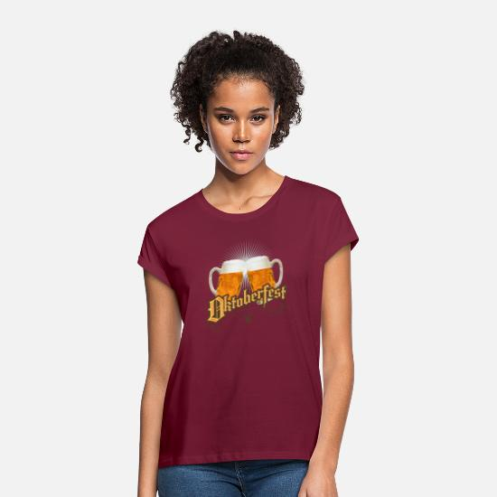 Festivals2017 T-Shirts - Oktoberfest vintage beer garden humpen prost wiesn - Women's Loose Fit T-Shirt bordeaux