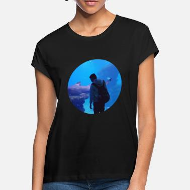 Under Water under water hai aquarium - Women's Loose Fit T-Shirt