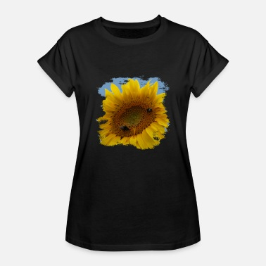 Covetousness Sunflowers are also called compass plants - Women's Oversize T-Shirt