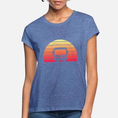 Retro Style Classic Motorhome Silhouette at Sunset - Women's Loose Fit T-Shirt
