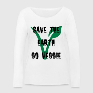 Save the earth go vegetarian - Frauen Bio-Langarmshirt von Stanley & Stella