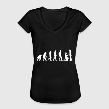 Evolution Of Marriage Evolution Gift Marriage Proposal Wedding Marriage - Women's Vintage T-Shirt