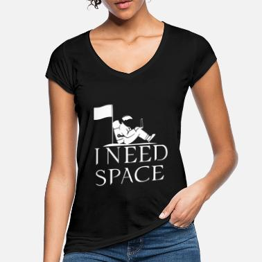 i need space funny quote and logo - Women's Vintage T-Shirt