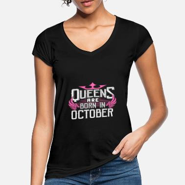 October Queens are born in October - Women's Vintage T-Shirt