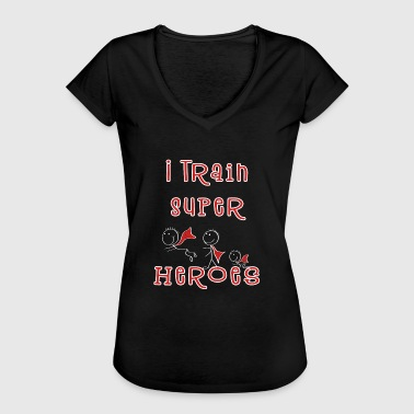 Teacher Training I Train Super Heroes - Teacher - Kindergarten teacher - Women's Vintage T-Shirt