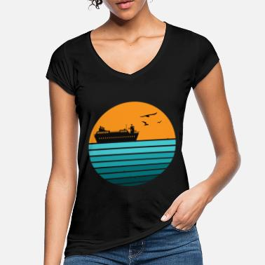 Yachting Holiday Retro Vintage Cruise Ship Cruising Family - Women's Vintage T-Shirt