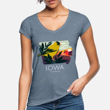 Hawkeye Iowa Proud State Motto The Hawkeye State product - Women's Vintage T-Shirt