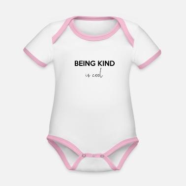 7570507c Å være snill er kult Å være vennlig, kult statement - Kontrast babybody