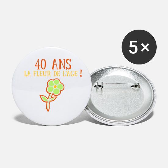 Blume Buttons - Flower age 40 years - Small Buttons white