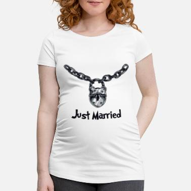 Just Just Married - Maternity T-Shirt