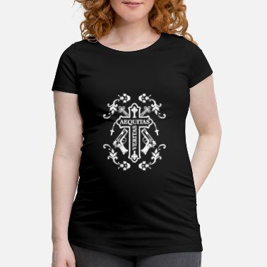Krass Aequitas Veritas Ornamente - Design in weiß - Schwangerschafts-T-Shirt