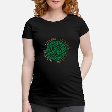 Celtic Celtic Heart - Celtic Soul - Celtic Spirit - Schwangerschafts-T-Shirt