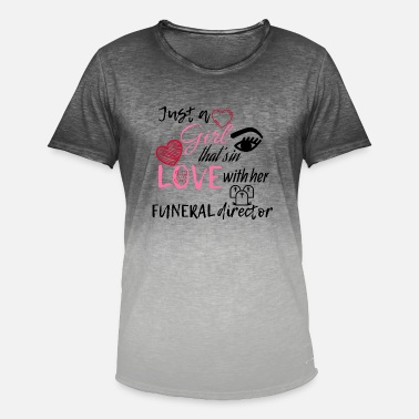 Death A girl that's in love with her funeral director - Männer Farbverlauf T-Shirt