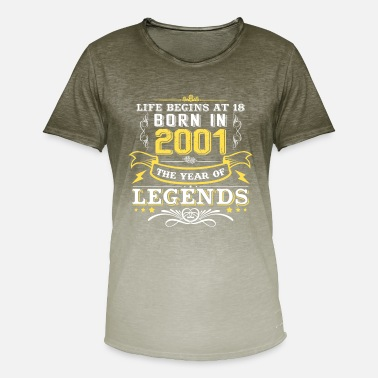 a2e45c0d3092e 18 Años La vida comienza con 18 regalos 18 cumpleaños 2001 - Camiseta  degradada hombre