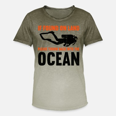 Diving If found on land, please throw back into the ocean - Men's Colour Gradient T-Shirt