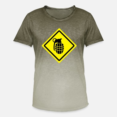 Granade granade roadsign - Men's Colour Gradient T-Shirt