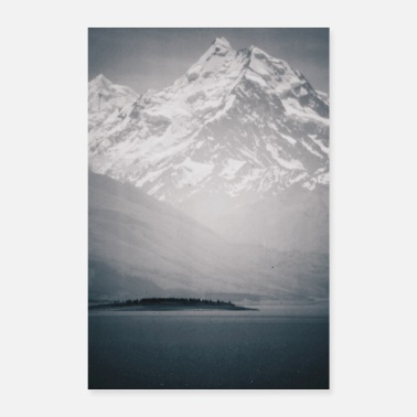 Berg Snow Mountain / Analog Photography - Poster