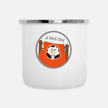 Bed Penguin in bed - Enamel Mug