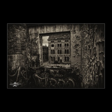 Lost Place - house through window - Poster 36 x 24 (90x60 cm)