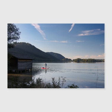 Lago e montagne con stand up paddler - Poster 90x60 cm