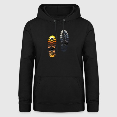 Travel Discover Explore - Women's Hoodie