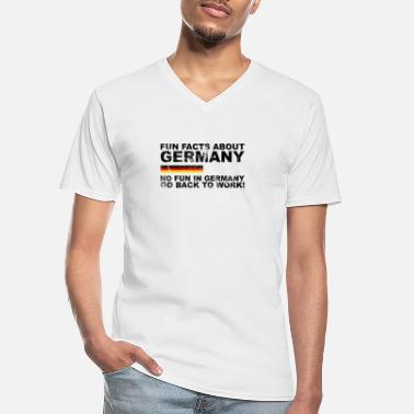Sátira Datos curiosos sobre Alemania - Sátira No Fun in Germany - Camiseta con cuello de pico hombre