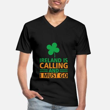I Love Beer St. Patricks Day - Ireland is calling gift idea - Men's V-Neck T-Shirt