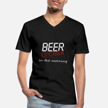 Clock beer o clock in the morning - Men's V-Neck T-Shirt
