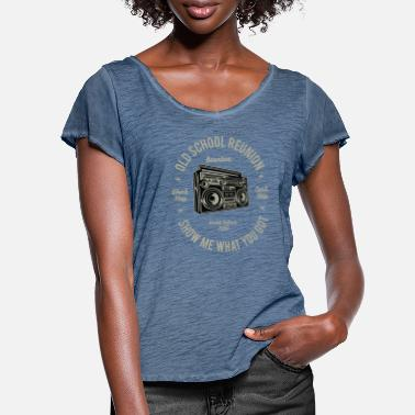Ghetto Blaster Old school reunion: Boombox & ghetto blaster! - Frauen T-Shirt mit Flatterärmeln