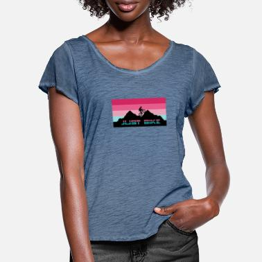 Just bike bike t-shirt mountain bike gift - Women's Ruffle T-Shirt