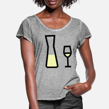 White Wine White wine glass and white wine carafe - Women's Ruffle T-Shirt