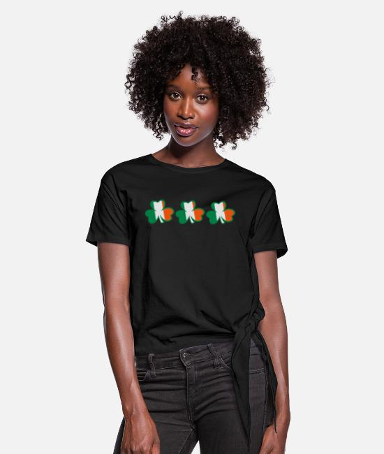 Best Awesome Superb Cool Amazing Identity Ethnicity Race People Language Country Design T-Shirts - ♥ټ☘Kiss the Irish Shamrocks to Get Lucky☘ټ♥ - Women's Knotted T-Shirt black