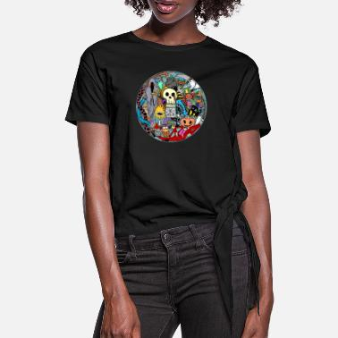 Grim Halloween collage colored - Women's Knotted T-Shirt