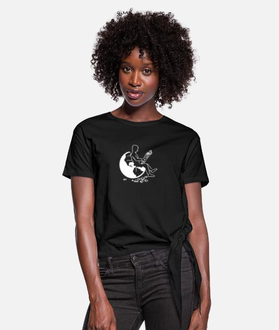 Earth T-Shirts - Earth - Women's Knotted T-Shirt black