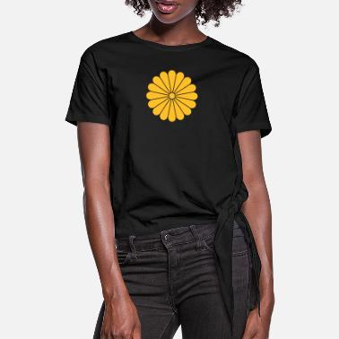 Crest chrysanthemum - Women's Knotted T-Shirt