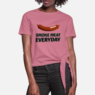 Grillmester Smoke Meat hverdagspølse - illustration - Dame knot-shirt