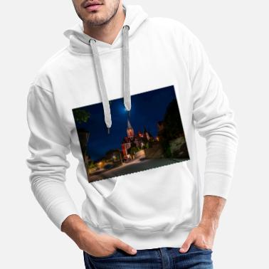 St. Catherine's Church illuminated in red with the moon - Men's Premium Hoodie