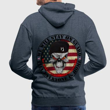 we_stay_on_guard1 - Männer Premium Hoodie