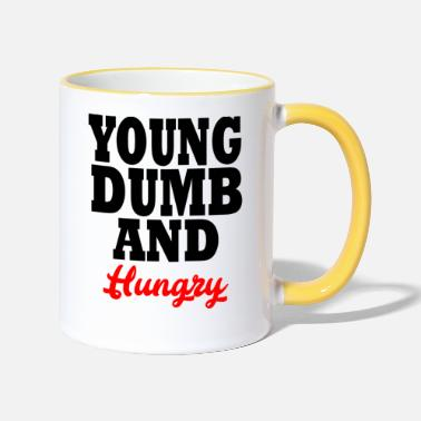 Young young dumb and hungry - Kubek kontrastowy