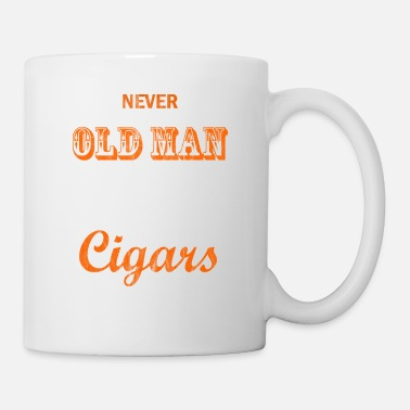 Central America Never Underestimates to old man who smokes cigars - Mug