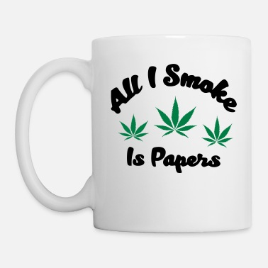 All I SMOKE IS PAPERS - Tasse