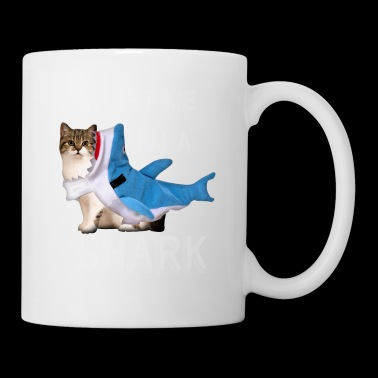Trust Me I'm A Shark Grappige Cat In Costume Graphic - Mok
