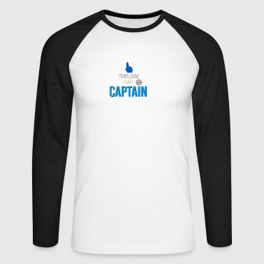 This guy is the captain - Men's Long Sleeve Baseball T-Shirt